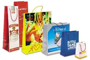 Изготовление бумажных новогодних подарочных пакетов 2012