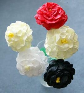 Тюльпаны, букеты, деревья из гофрированной бумаги