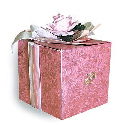 Изготовление подарочных картонных коробок