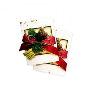 Новогодний подарок в виде старинной, корпоративной или ручной работы открытки